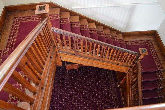 Babinda, Australia: Grand staircase