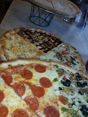 Paradise, PA: lunch slice