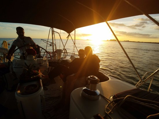 Miami Sailing - Private Day Charters: Sunset on the Wind Runner