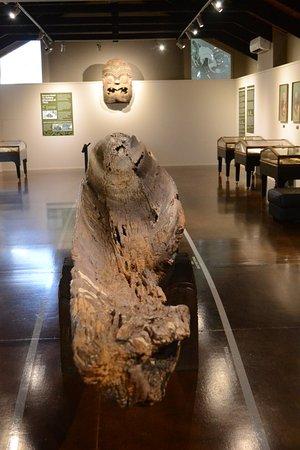 Taupo, New Zealand: Ancient boat