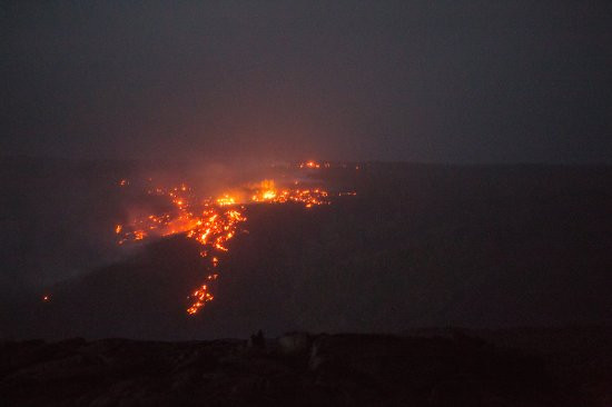 ปาฮัว, ฮาวาย: Surface lava flow over the hillside.