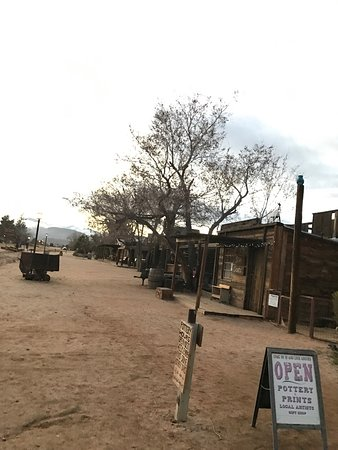 Pioneertown, Kalifornien: photo3.jpg