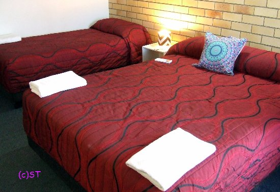 Nambour, Australia: Double and single bed