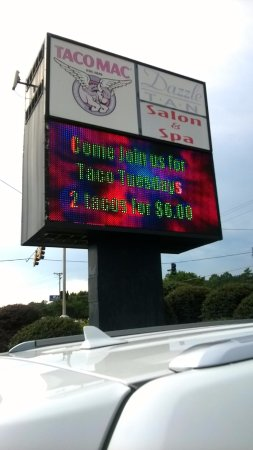 Douglasville, GA: Its Taco Mac!