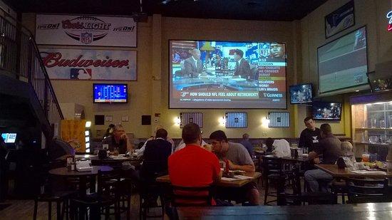 Douglasville, GA: Great TVs