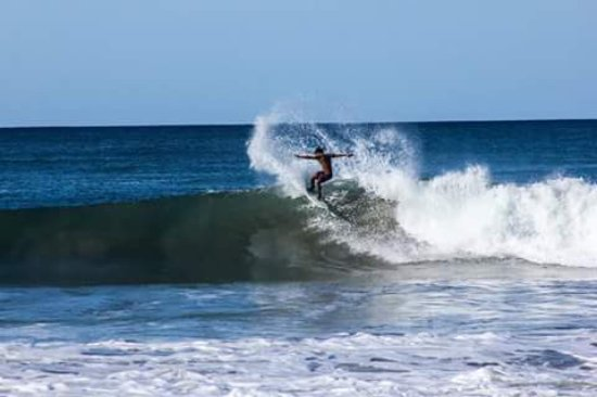 Playa Flamingo, Costa Rica: Intermediate to Advanced Surf Development Training Camps.....We also offer PRIV & SEMI PRIV LESS