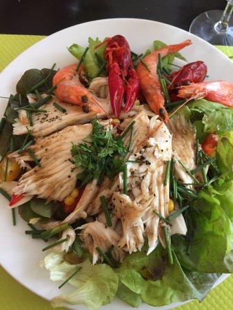 Oradour-sur-Vayres, Frankreich: Salade de raie, crevettes