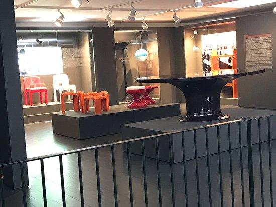 Kartell Museum - Noviglio - Aktuelle Bewertungen & Fotos 2017 ...
