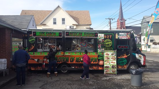 Waterbury, CT: Los Garcia Mexican Fusion food truck