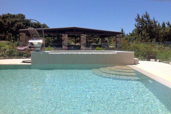 Pool - Picture of Alyko Villas, Naxos - Tripadvisor