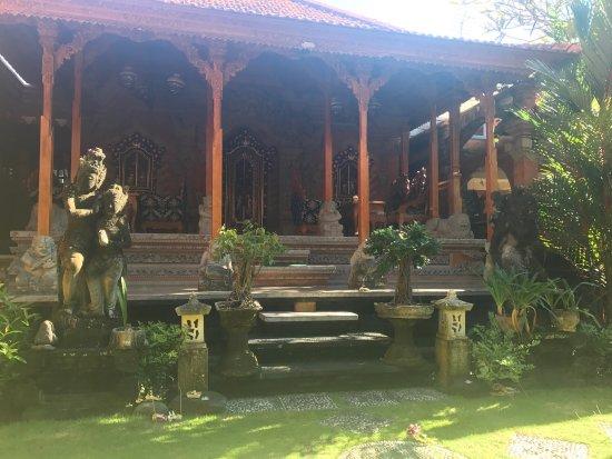 Sania's House Bungalows: photo0.jpg