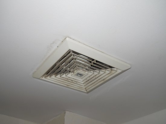 Boss Suites: Nicely cleaned vent