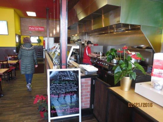 Southington, CT: open kitchen