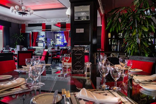 The Cumberland Hotel: Red Door Restaurant