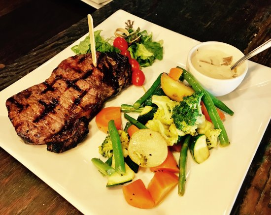 The Stellenbosch Wine Bar and Bistro: Aged Sirloin
