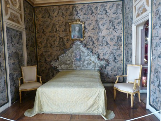 Ca' Rezzonico: bedroom