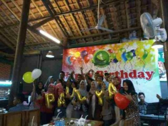 Kediri, Indonesia: birthday party