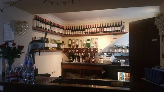 Dalbeattie, UK: counter with variety of wines