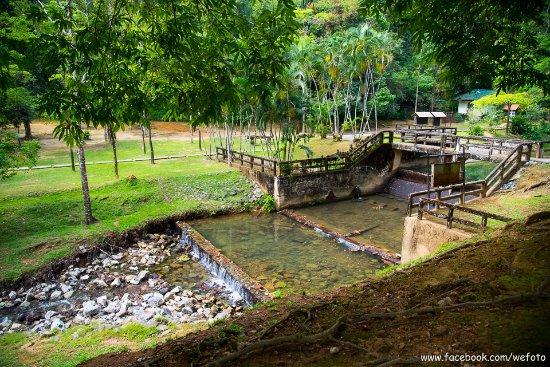 Takua Thung District, Thailand: มีฝายทดน้ำ