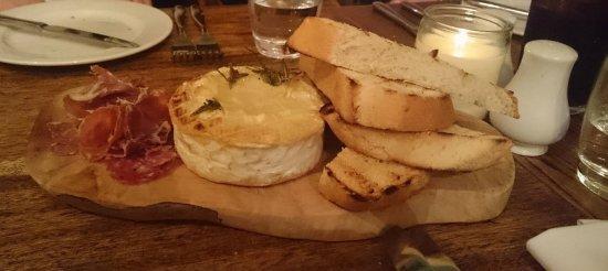 Wedmore, UK: Sensational Camembert
