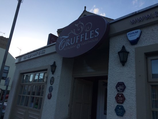 Randalstown, UK: Front entrance of Truffles