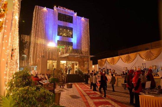 HOTEL JM VISTARAA (Bareilly, Uttar Pradesh) - Hotel Reviews, Photos