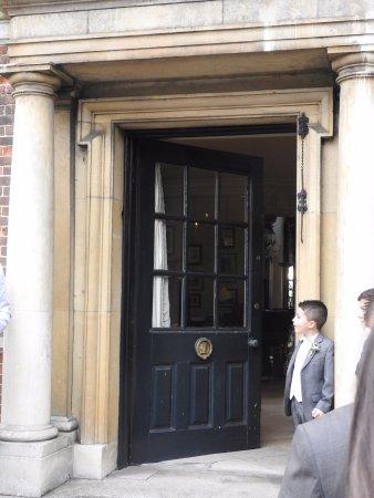 Godmanchester, UK: Front door