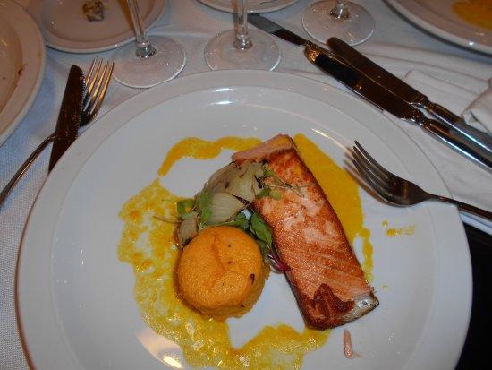 Regal Pacific Hotel Buenos Aires: Plato principal