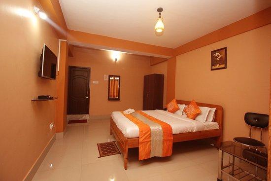Finestays Shanti Priya