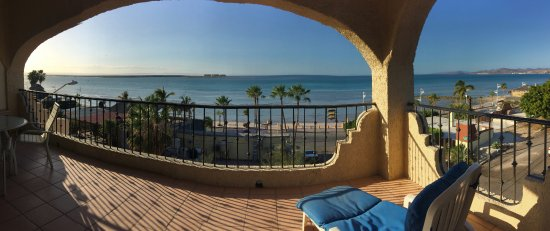 Las Gaviotas Resort: Panoramic view from 2nd floor suite balcony