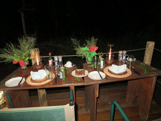 Mashatu Game Reserve, Botswana: Our meal on our veranda.
