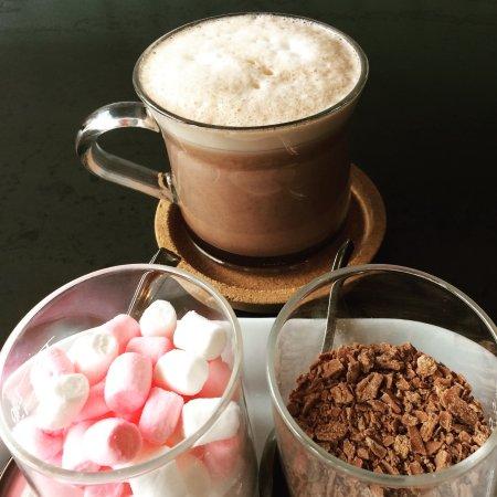 Epping, UK: Hot chocolate