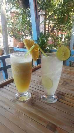Koh Kong, Cambodia: Refreshing start to the day with some fresh lime and pineapple juice