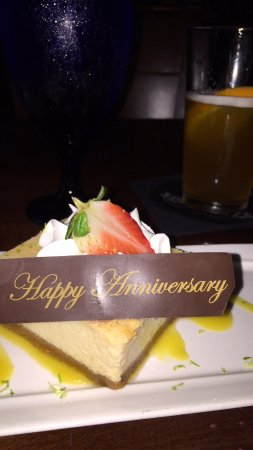 Guy's Gulfside Grill: Our waitress gave a little extra for our celebration