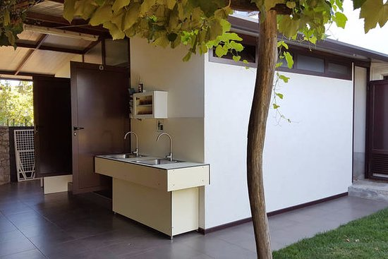 Sezana, Slovenië: Camp toilet + camp washing area