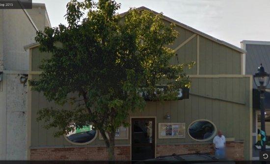 Elk Rapids, ميتشجان: Town Club 