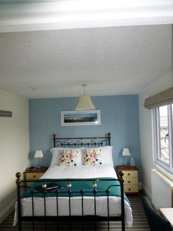 Gordons Hotel: Room 9 Bedroom