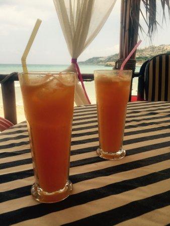 Almyrida, Yunanistan: Fresh orange juices.