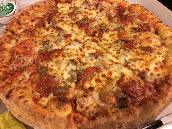 McKinney, TX: Meat pizza