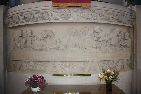 Isle of Portland, UK: Portland Stone Carving of the Last Supper