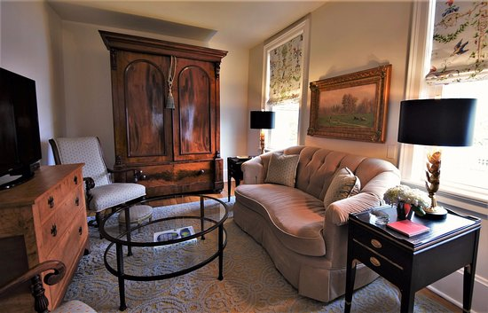34 State Historic Luxury Suites Skaneateles