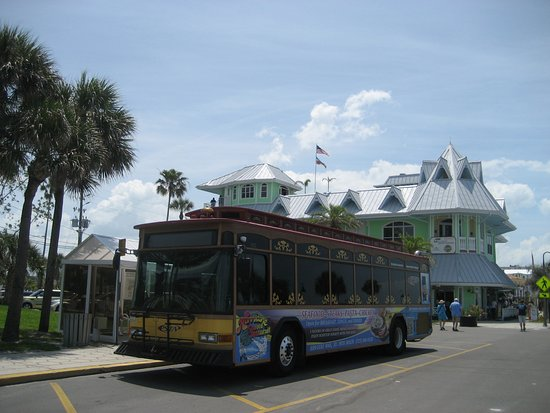 ‪PSTA Suncoast Beach Trolley‬