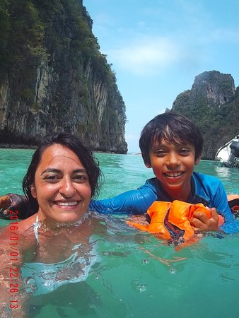 Andaman Camp and Day Cruise: In a Lagoon!