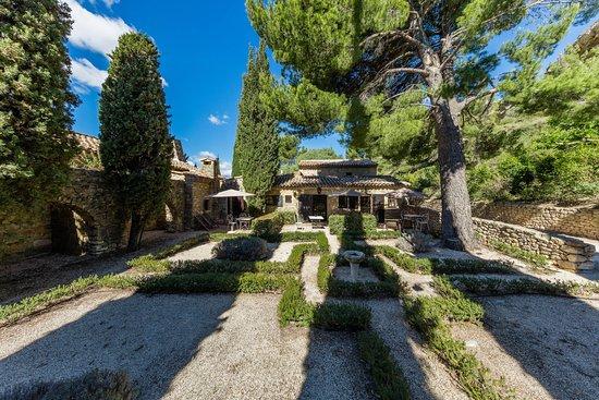 Garrigae abbaye de sainte croix hotel salon de provence for Abbaye de sainte croix salon