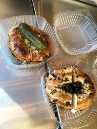Kettleman's Bagel Company: Awesome bagel sandwiches!