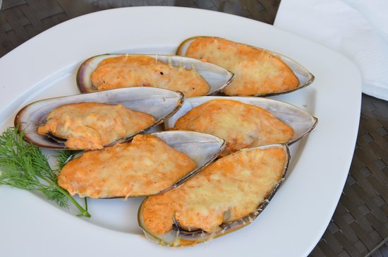 Restaurant ertsakhu sukhumi restaurant bewertungen for Abkhazian cuisine