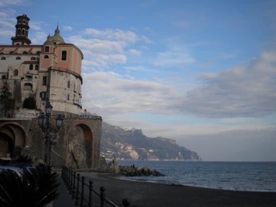 Atrani, Italia: Secondo panorama