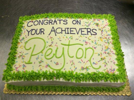 Weyburn, Kanada: Custom cake.