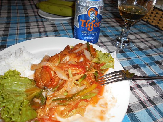 Dara Reang Sey Hotel Phnom Penh: Middagen på Dara Sey reang hotel.