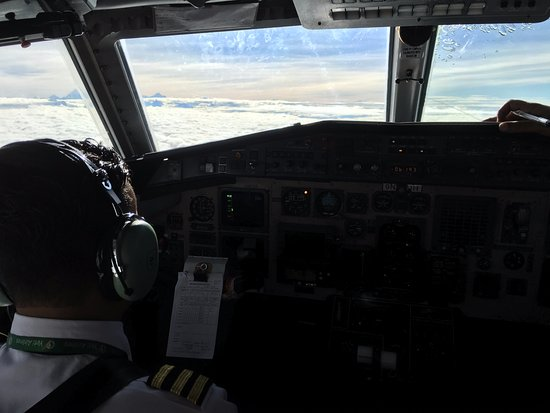 in the cockpit, Everest ahead and left - Picture of Yeti Airlines